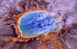 Grand Prismatic Spring in Yellowstone National Park, photo by WikiImages